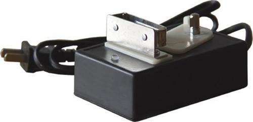 该产品是led矿灯专用充电器,采用abs工程塑料外壳,开关电源电路,双色